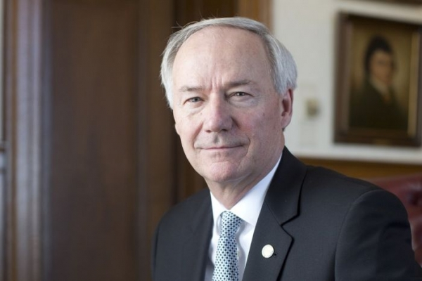 Arkansas Republican Governor Begs Legislature to Keep Medicaid Expansion
