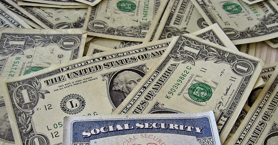 ISeizing on Popular Support, Dems Unite on Expanding Social Security