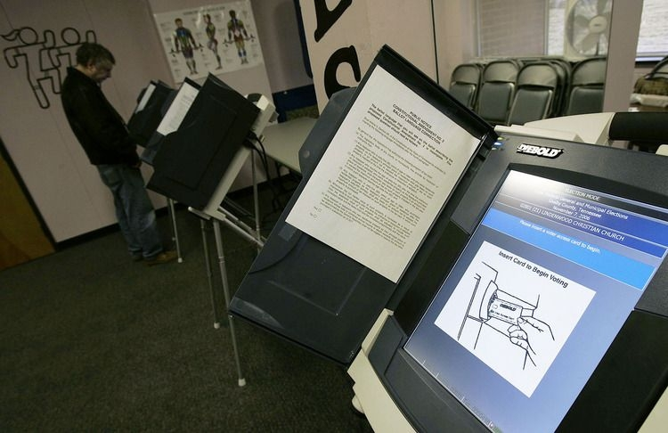 IVoting machines are critically vulnerable